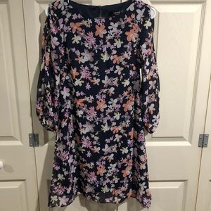 NWT Kenzie Cold Shoulder Dress Size 2